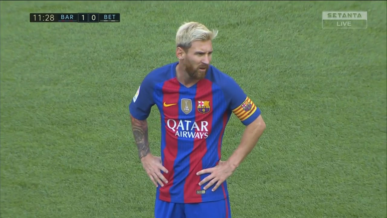 Lionel Messi vs Real Betis (La Liga 2016/17) 720p HD