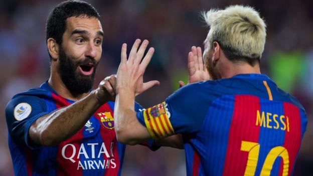 Barcelona 3-0 Sevilla (and 5-0): Arda Turan ha segnato due volte per garantire Supercoppa spagnola